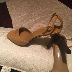 "Gucci sandals shoes 4"" heels"
